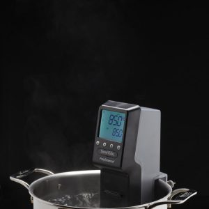 SOUS VIDE PROFESSIONAL™ IMMERSION CIRCULATOR CHEF SERIES