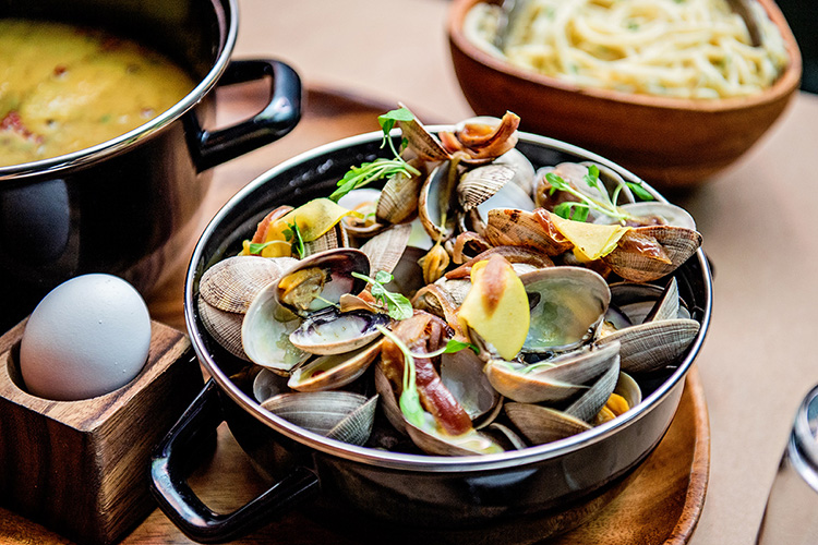 Eric Greenspan's delicious clam and pasta dish at Maré served in Matfer Bourgeat's Mussle Pot and lid.